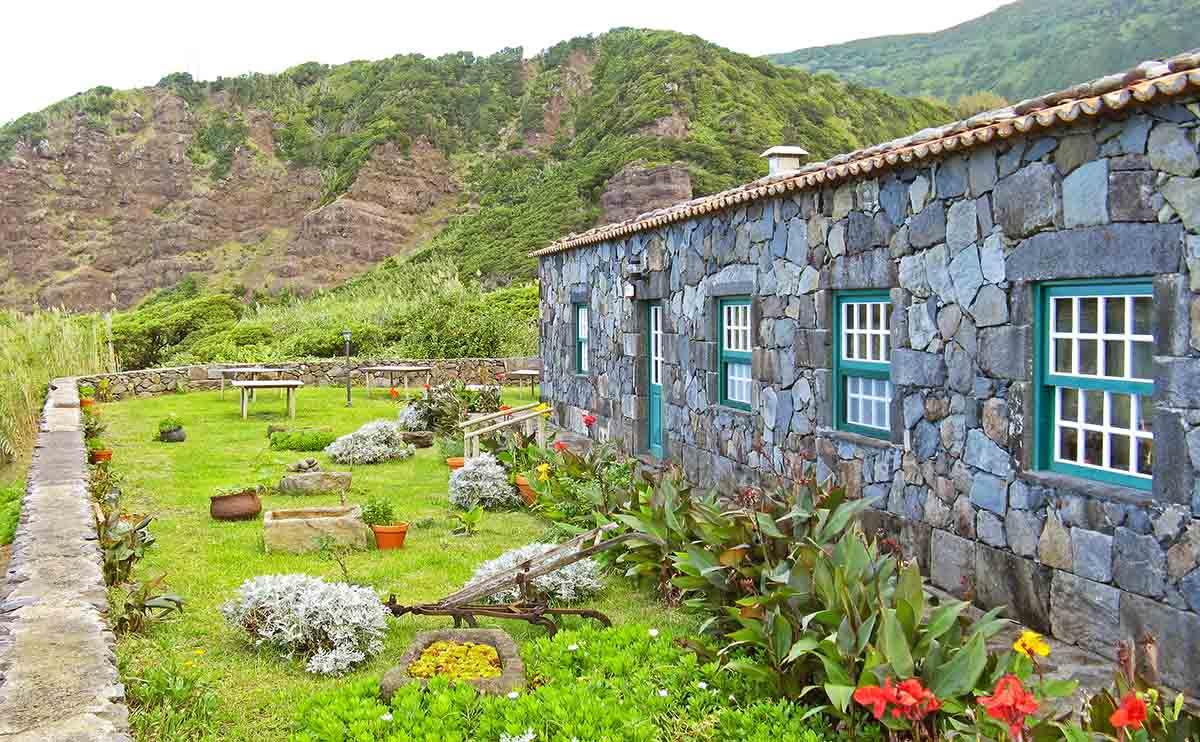 Flores restaurant Azores